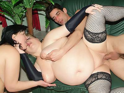 Fat ladies Rammed